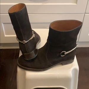 Gucci brown suede booties